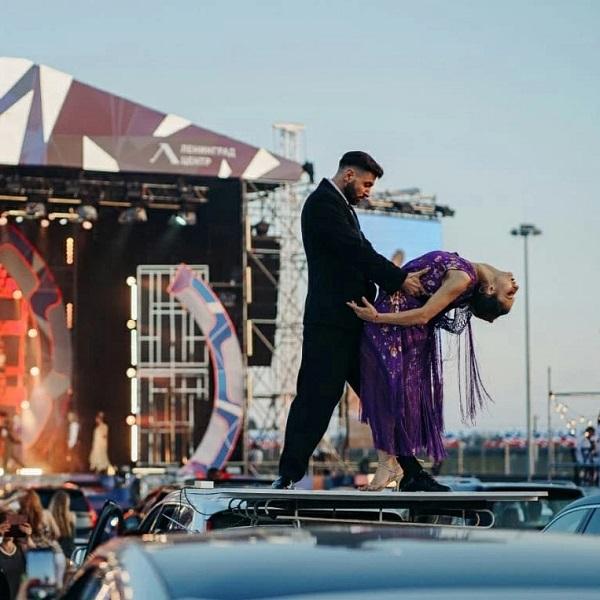 10 лучших идей, куда сходить на выходные в Санкт-Петербурге 7-8 августа 2021 года: смотрим драйв-шоу и прогуливаемся по следам Анны Ахматовой