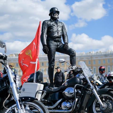 Закрытие мотосезона в Санкт-Петербурге