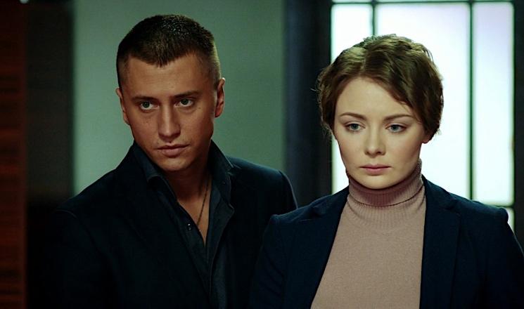 «В пробах участия не принимала»: Карину Разумовскую в «Мажоре» не собираются менять на Карпович, с которой встречается Прилучный