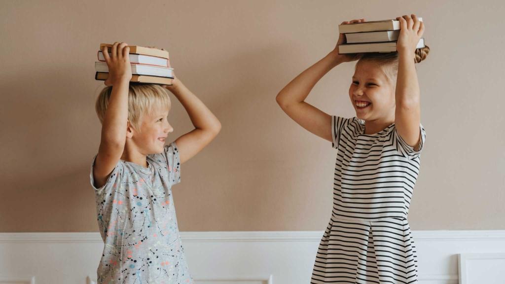 дети с книжками