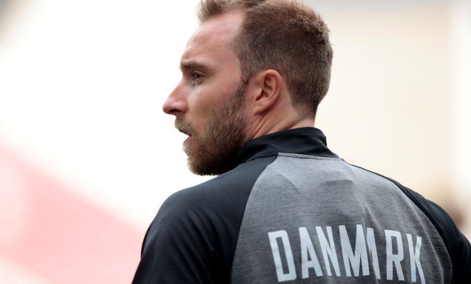 Игрок сборной Дании Кристиан Эриксен может вернуться в футбол, если удалят кардиостимулятор. Фото: Reuters