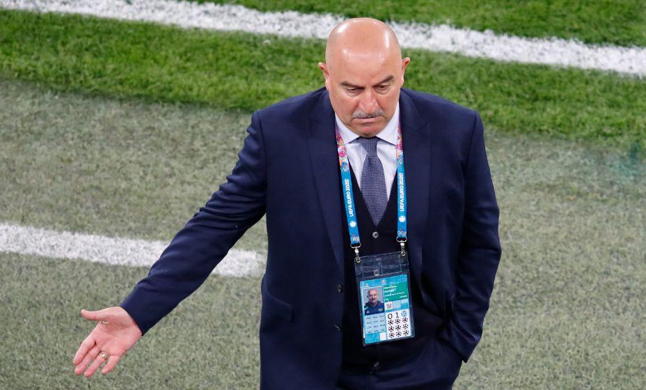 Все эксперты считают, что Станиславу Черчесову надо было уходить раньше. Фото: Reuters