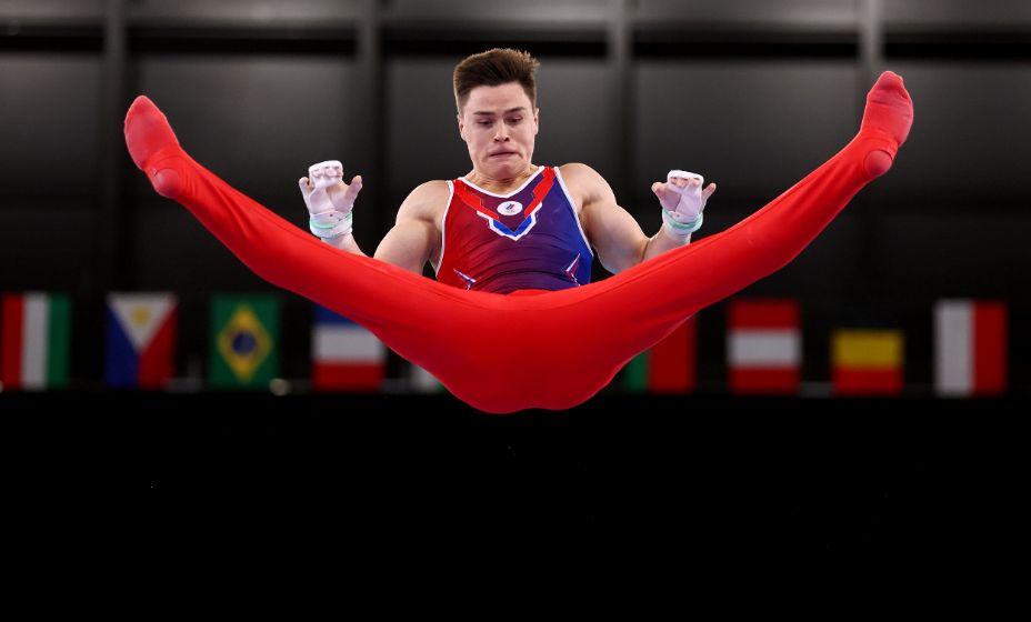 Российский гимнаст Никита нагорный взял бронзу на перекладине в Токио-2020. Фото: Reuters