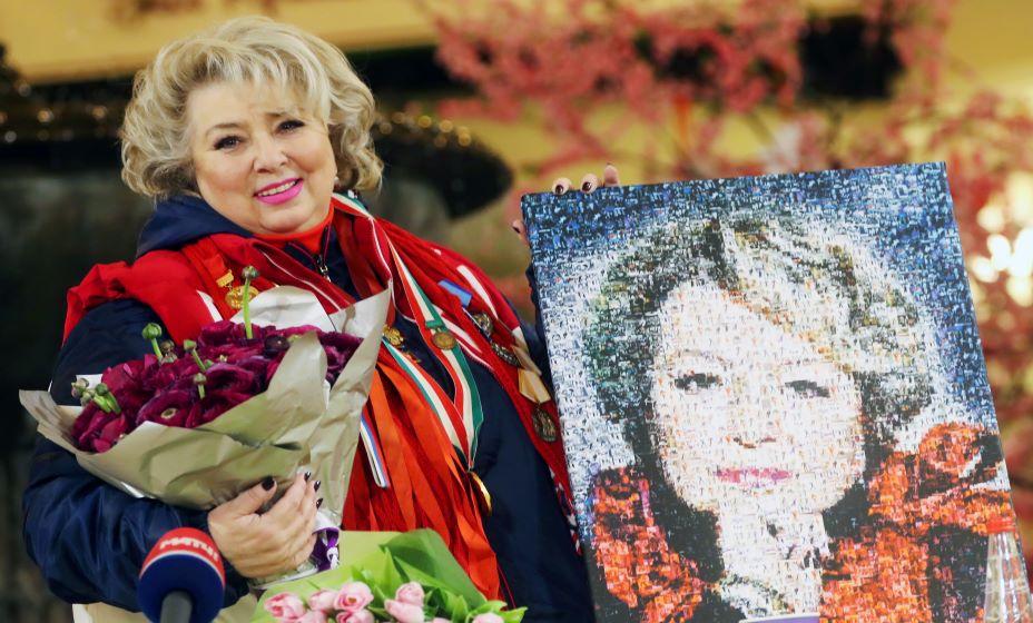 Выдающийся тренер по фигурному катанию и судья шоу Татьяна Тарасова обещала прибить Милохина, если он и дальше будет ронять Медведеву. Фото: ТАСС